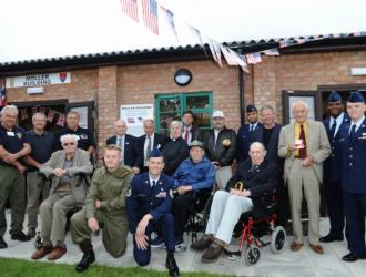 Auxiliers, Veterans and VIPs at the Opening Ceremony
